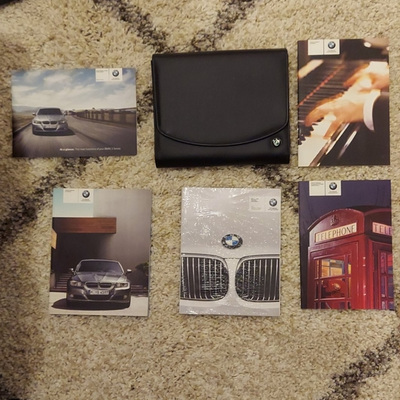 2011 BMW 3 Series Booklets